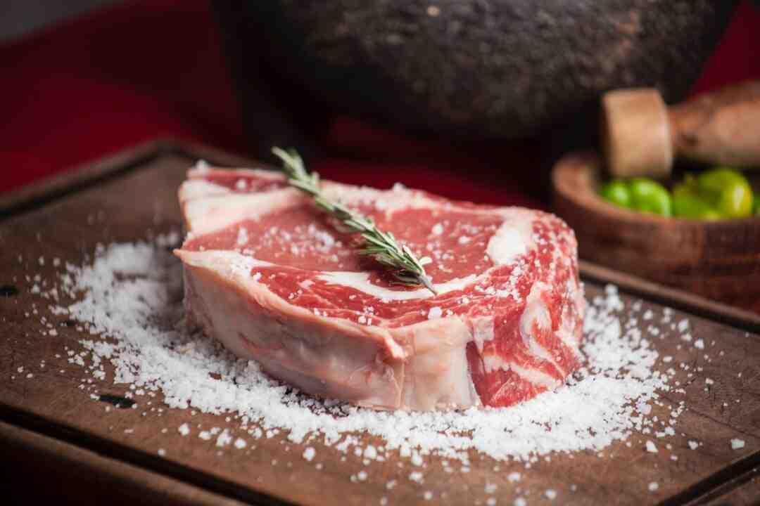 Comment faire cuire des côtes de porc