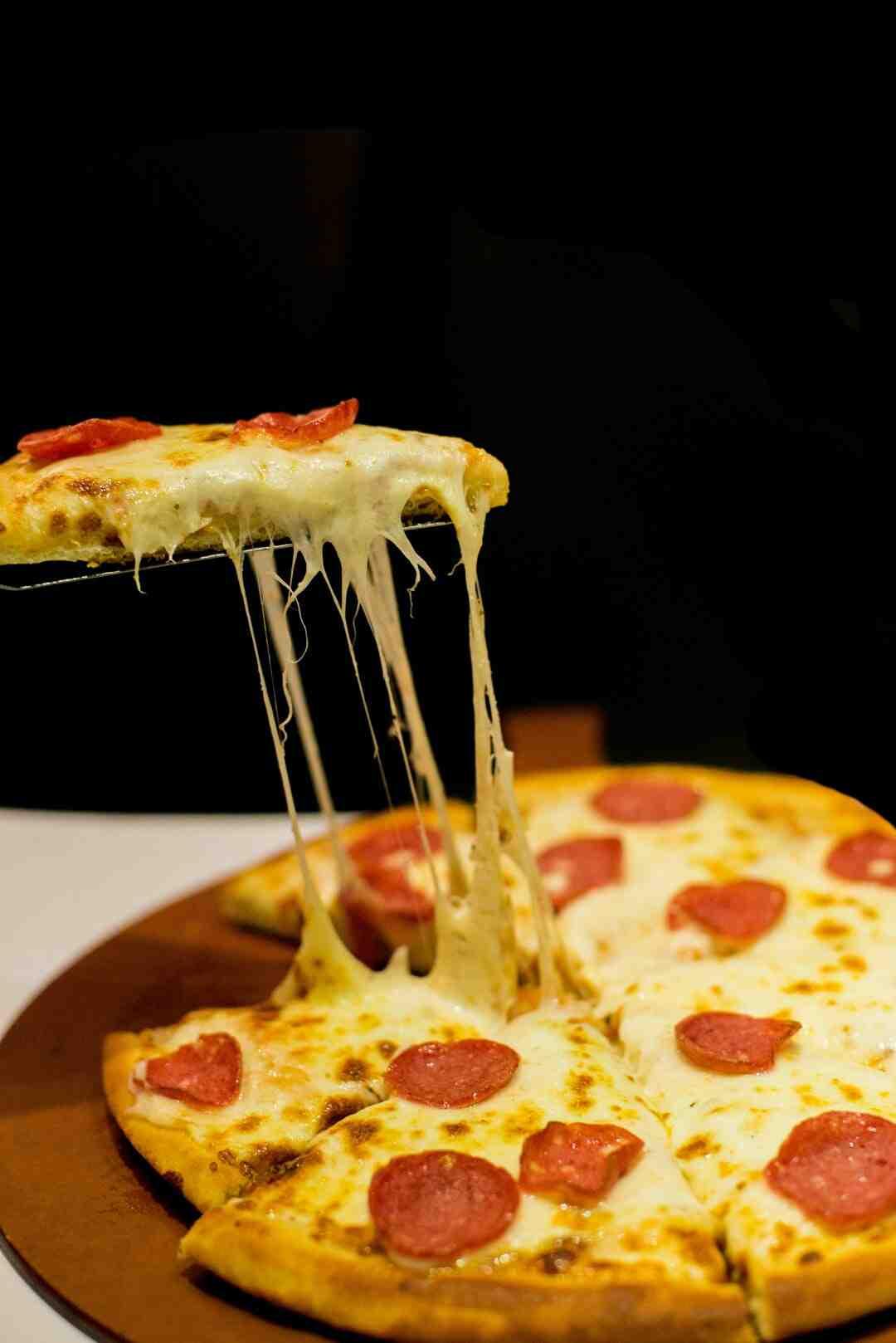 Comment réchauffer et conserver une pizza