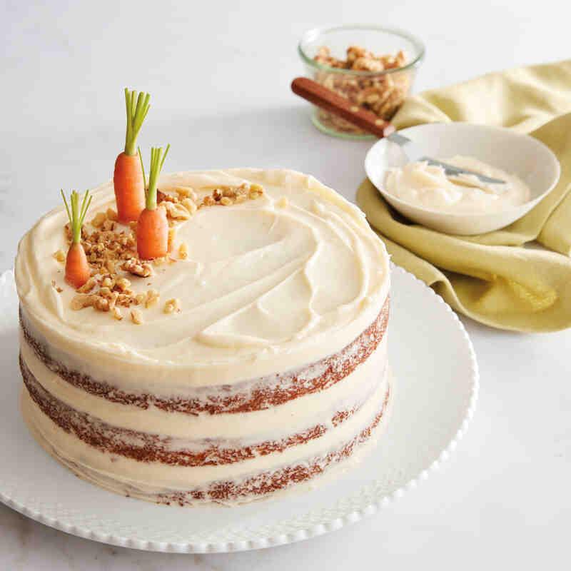 Comment appliquer un glaçage sur un gâteau à deux étages