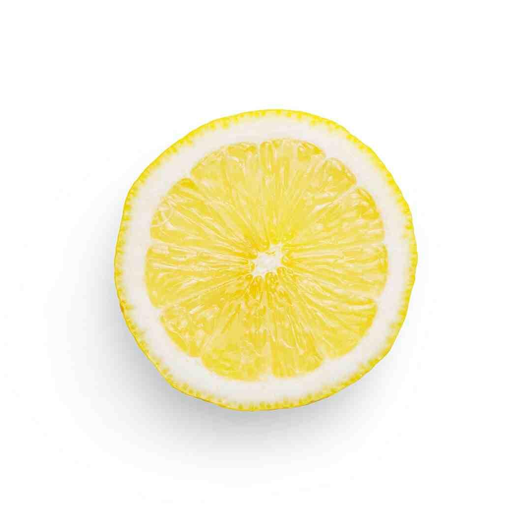 Comment extraire le jus d'un citron sans le couper ?