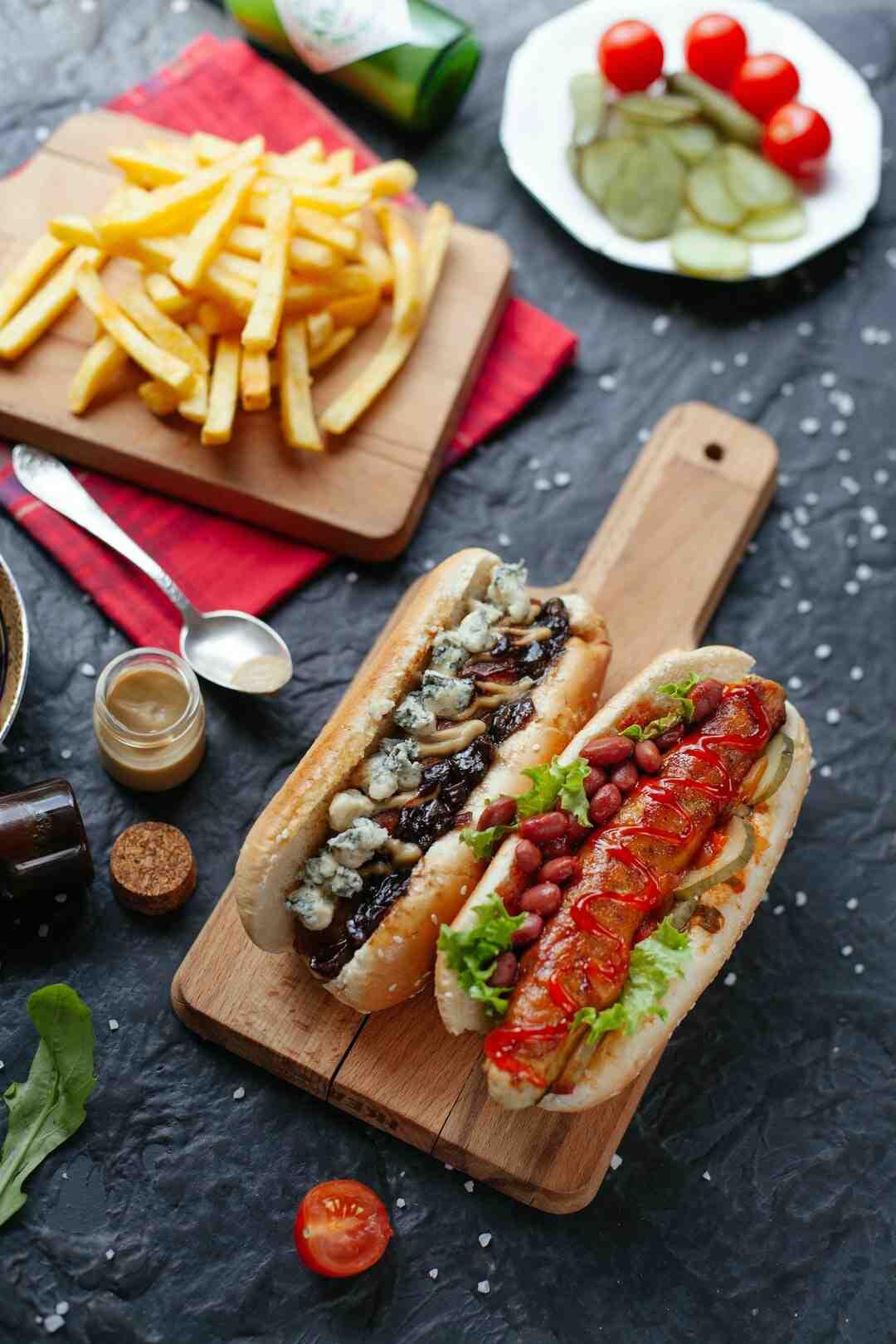 Comment préparer des hot dogs